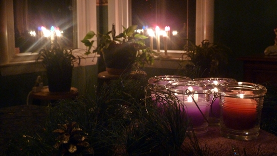 advent wreath with votives