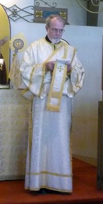 deacon-dennis-mccarthy-leading-prayers